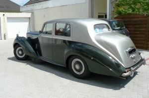 Bentley-R-Type-de-1954-1-300x197 Bentley R Type de 1954 Bentley Type R de 1954