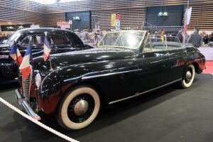 Delahaye-148-L-cabriolet-4-portes-guillore-1950-4-300x200 Delahaye à Epoqu'auto 2016 (2/2) Divers Voitures françaises avant-guerre