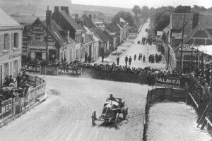 Theo-schenider-Rene-Champoiseau-lors-du-Grand-Prix-de-France-de-1913-à-Amiens-300x200 Théophile Schneider GP Course de 1913 Cyclecar / Grand-Sport / Bitza Divers Voitures françaises avant-guerre